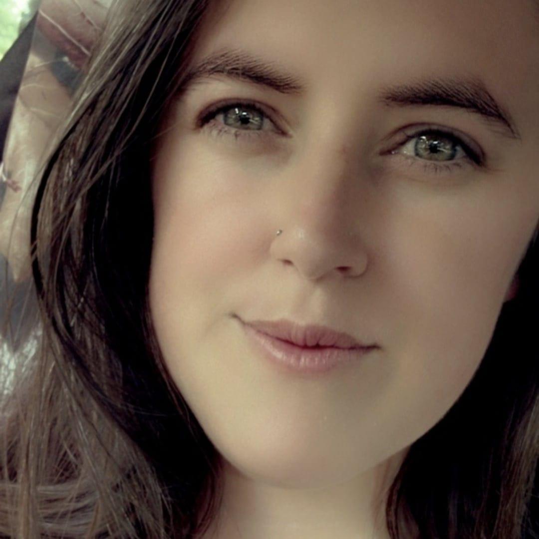 Brittany Clark : multi-media marketing consultant